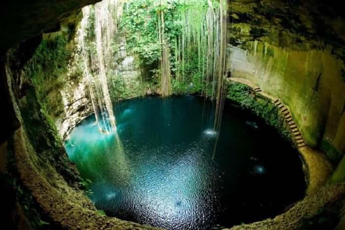 Paseo por el Cenote Ik Kil en Cancún