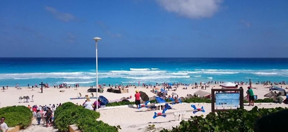 Playa Delfines en Año Nuevo en Cancún